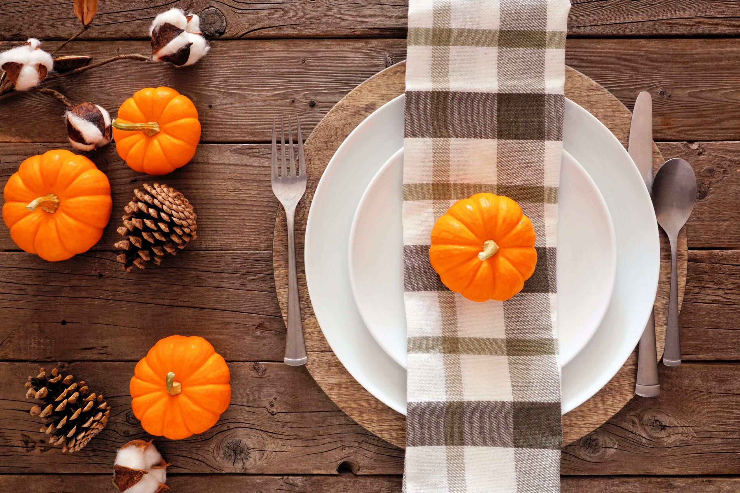 october thanksgiving decor